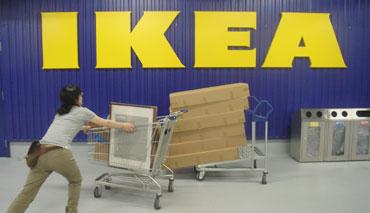 今更、初IKEAです。